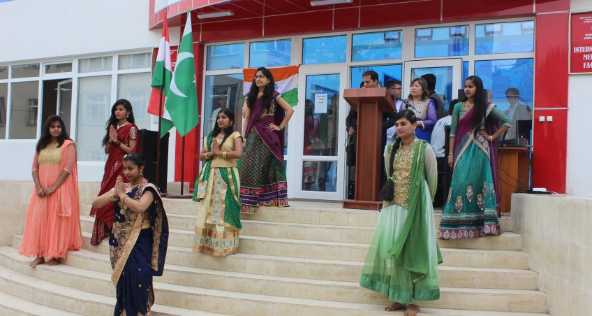 Great Celebration of Indian cultural day 2016 in International Medical Faculty